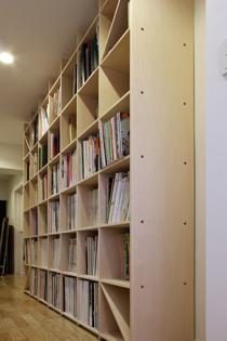 仕事場の本棚-1