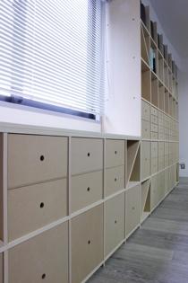 オフィスの壁面収納-6