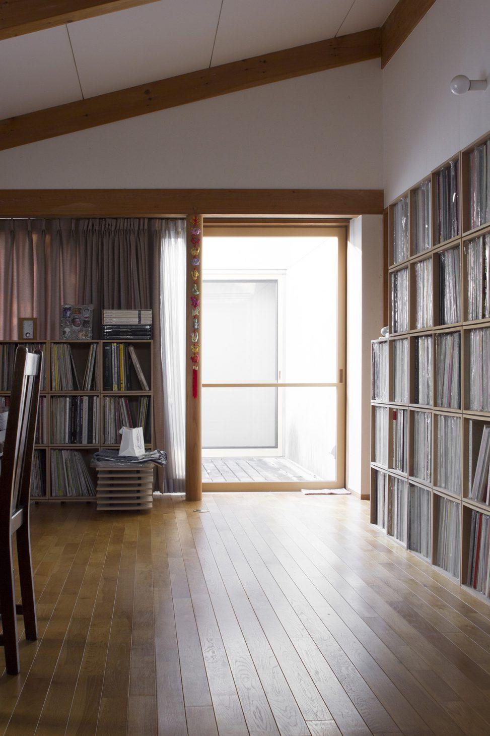 BLCによる壁一面のアナログレコード棚 | BLC収納ボックス/BLC(No.15)