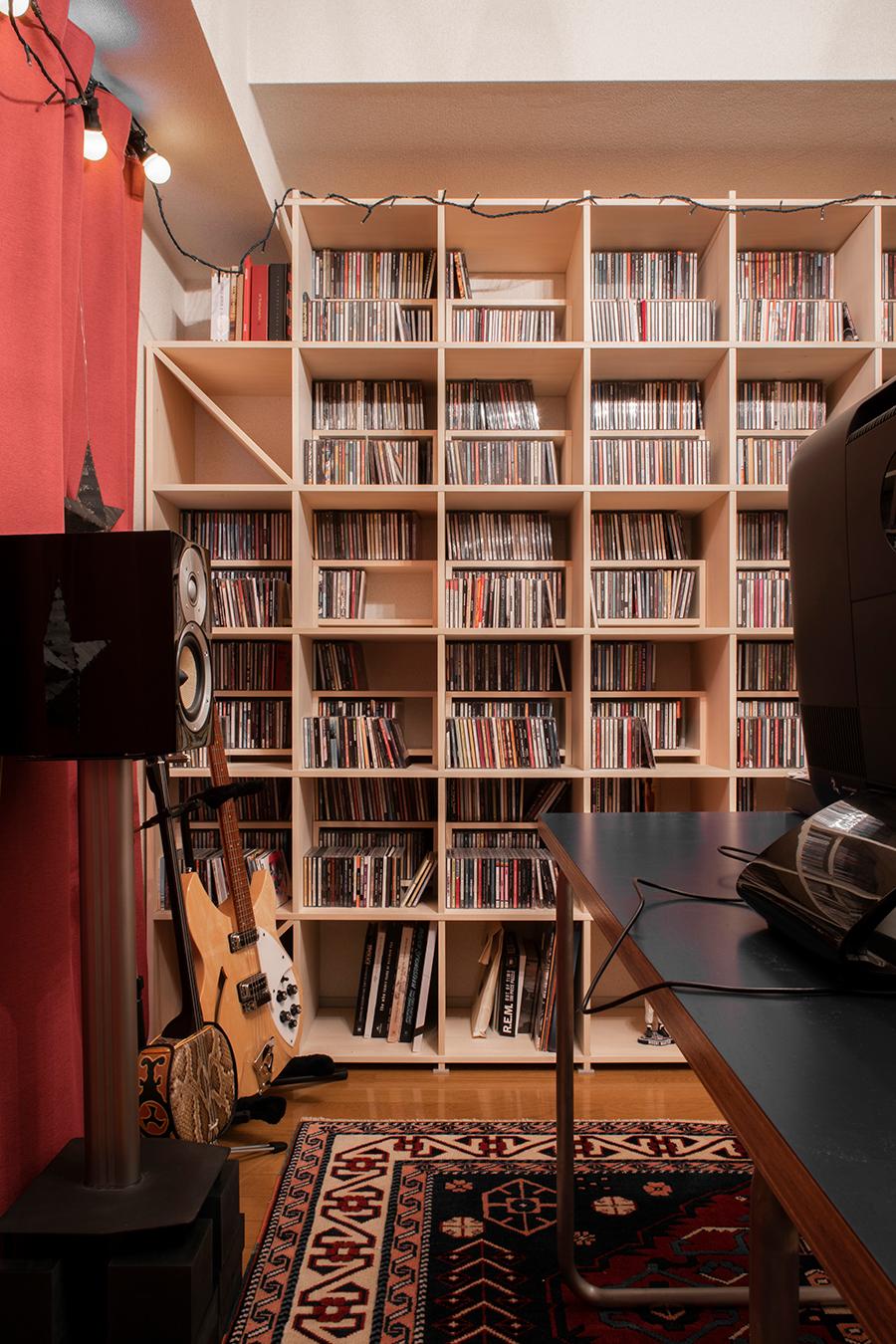 壁一面のCD収納