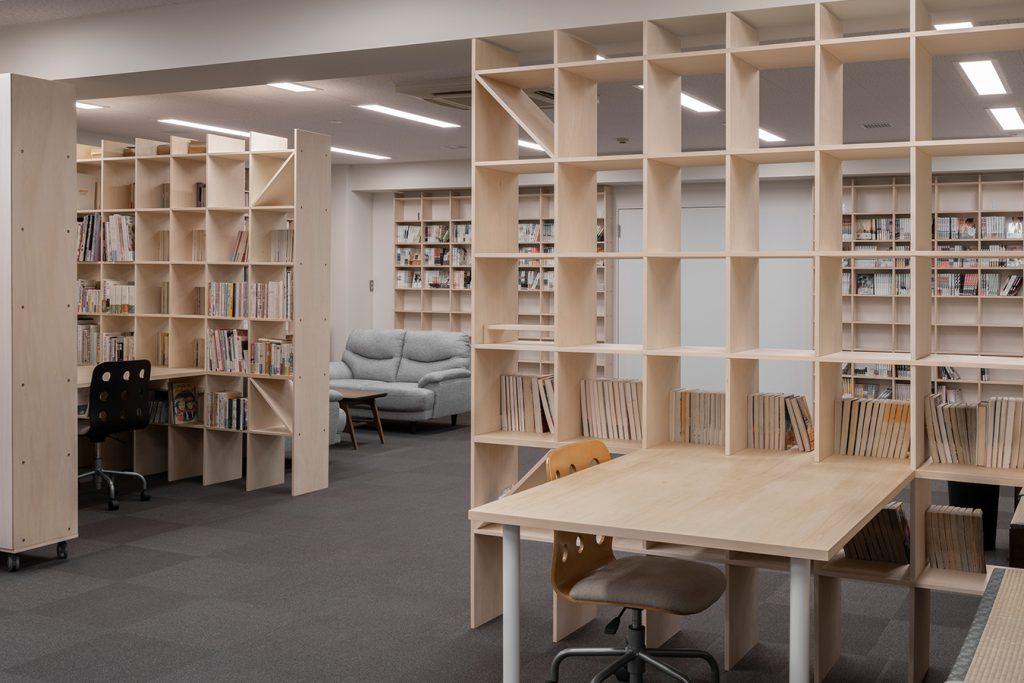 本棚と閲覧室