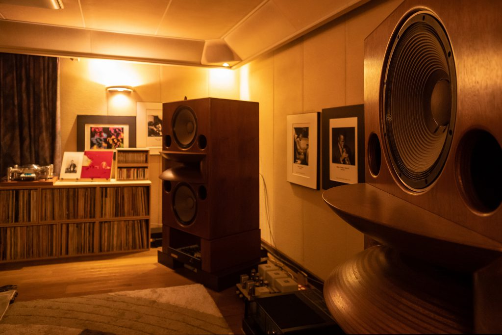 レコードのためのオーディオルーム