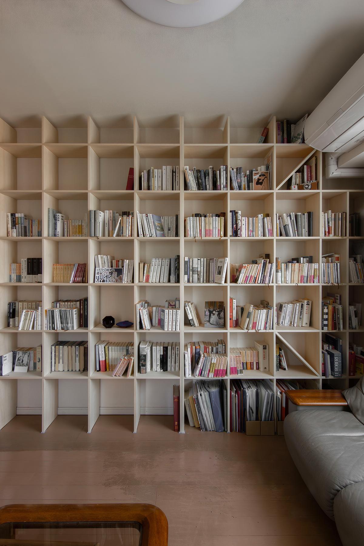 ソファ、それぞれの書斎