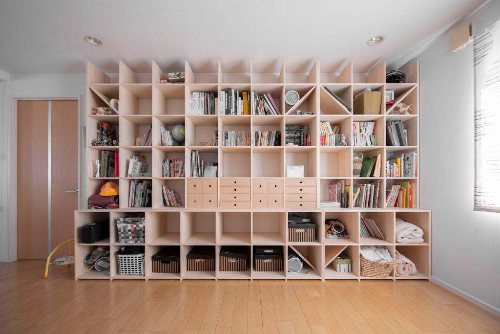 広いリビングに置いて家族みんなで使う | カウンター付き本棚/Shelf(No.26)