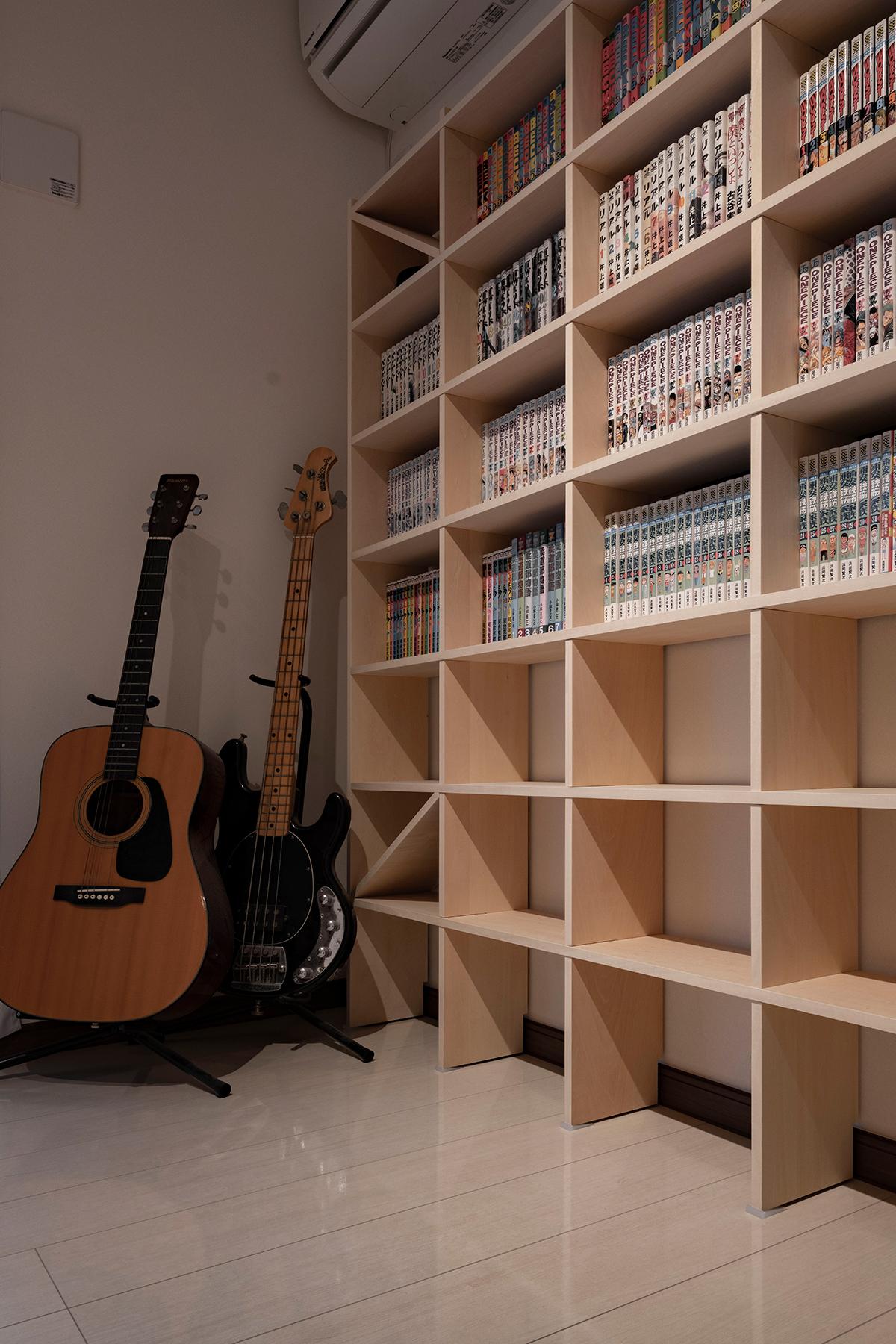壁一面のコミック本棚