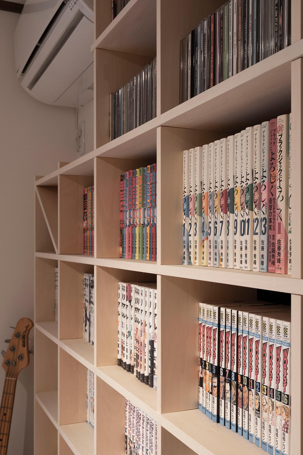 壁一面のCD,DVD棚