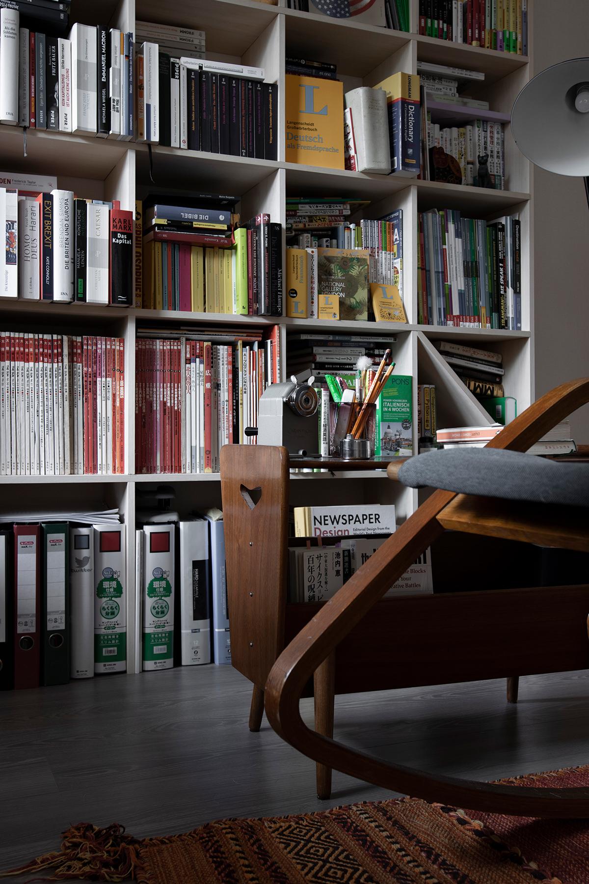 異国情緒漂う東欧の家具と | 壁一面の本棚 奥行350mm / Shelf (No.114) | margherita使用例
