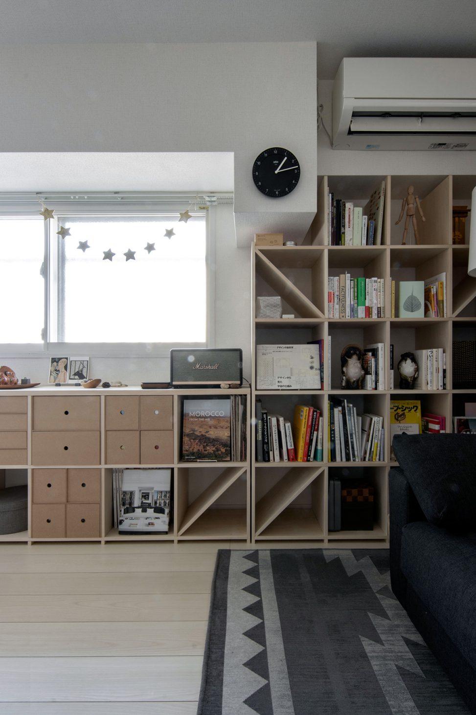 2つの本棚を組み合わせて   壁一面の本棚 奥行350mm ロータイプ / Shelf (No.11)