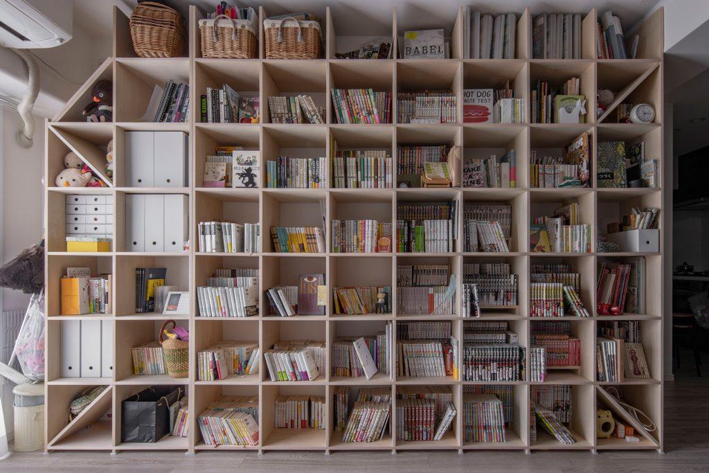 2台連結してリビングの一面を壁面収納に | 壁一面の本棚 奥行350mm / Shelf (No.98)