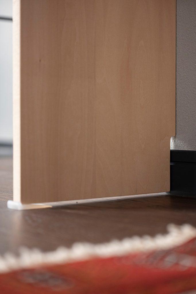き抜けに面した2階の部屋に   壁一面の本棚 奥行350mm / Shelf (No.105)   マルゲリータ使用例