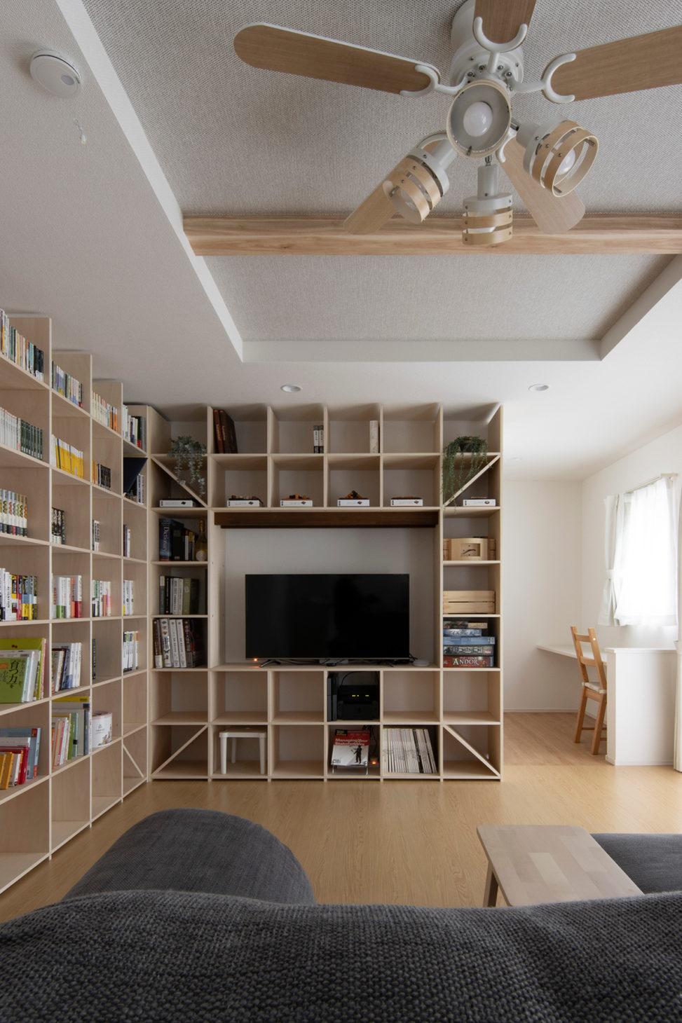 L型に配置する   開口部のある本棚 / Shelf (No.12)   マルゲリータ使用例