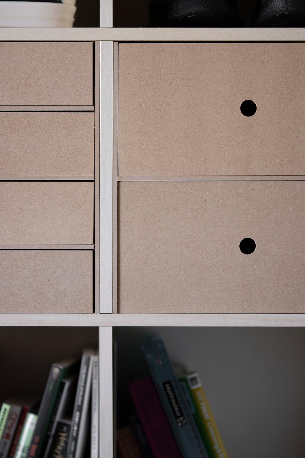 ロータイプの本棚で緩やかに間仕切る | 壁一面の本棚 奥行350mm / Shelf (No.115) | margherita使用例