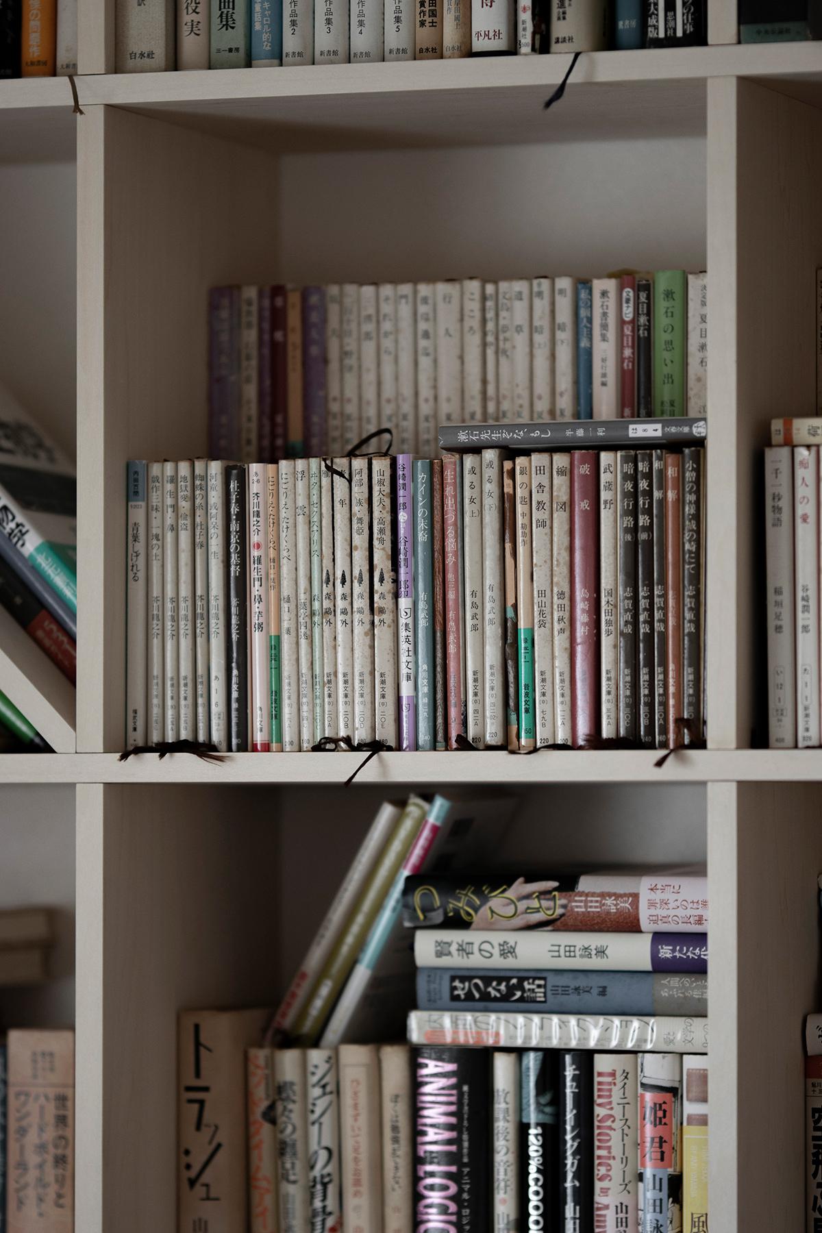L字型に配置する | 壁一面の本棚 奥行250mm / Shelf (No.81) | マルゲリータ使用例