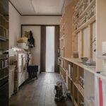 漢方薬局の調剤室に   開口部のある本棚 / Shelf (No.17)   マルゲリータ使用例
