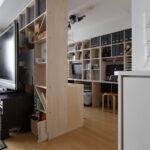リビングの一角を間仕切り仕事場と勉強部屋に   カウンター付き本棚 / Shelf (No.41)   マルゲリータ使用例