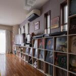 部屋の機能を損なわずにコンパクトに纏める   壁一面の本棚 奥行350mm ロータイプ / Shelf (No.16)   マルゲリータ使用例