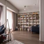 可動間仕切りで仕切れる読書空間   壁一面の本棚 奥行250mm / Shelf (No.89)   マルゲリータ使用例